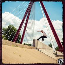 Mark Suciu Thunders Trucks skateboard sur skateshop en ligne Skate.fr