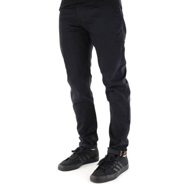 Jeans Levi's Skate 512 Slim fit en couleur noir / Caviar Bull