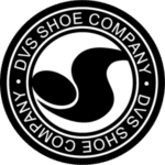 logo DVS Shoes