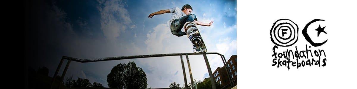 Planches / Plateaux / Decks de skate Foundation Skateboards en stock
