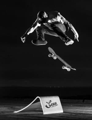 Graw Jump ramp Skateboard shooting N&B